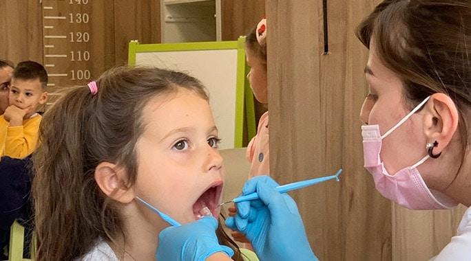 Дентални клиники Медстом отбелязаха деня на детето